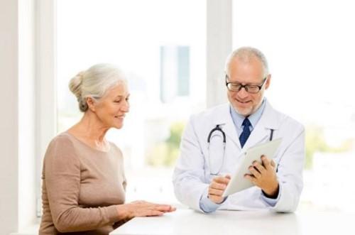 tư vấn cấy ghép implant cho người cao tuổi