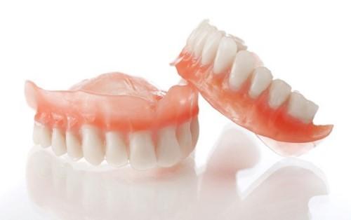 cách khắc phục răng tháo lắp bị lỏng