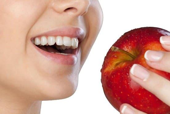 giá răng toàn sứ emax